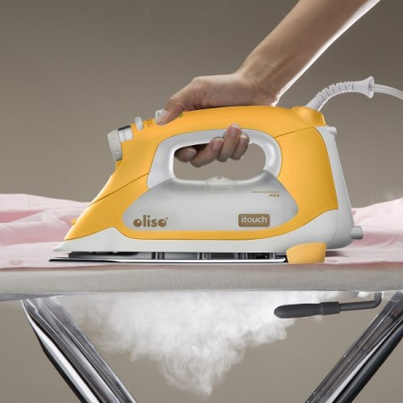 TG1600 - On ironing board with steam